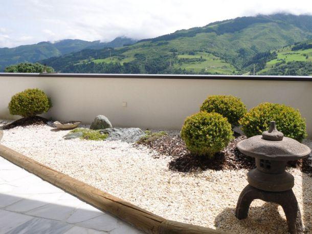 Steingarten auf einer Dachterrasse, (c) Harmonie im Garten