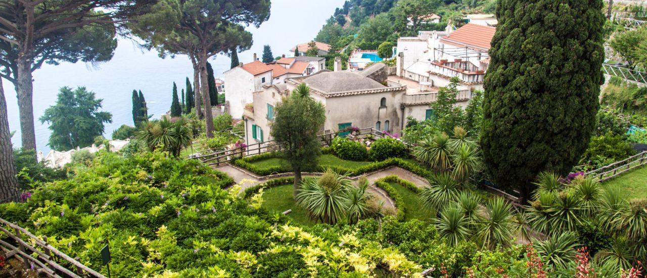 Garten der Villa Rufolo in Ravello, Italien