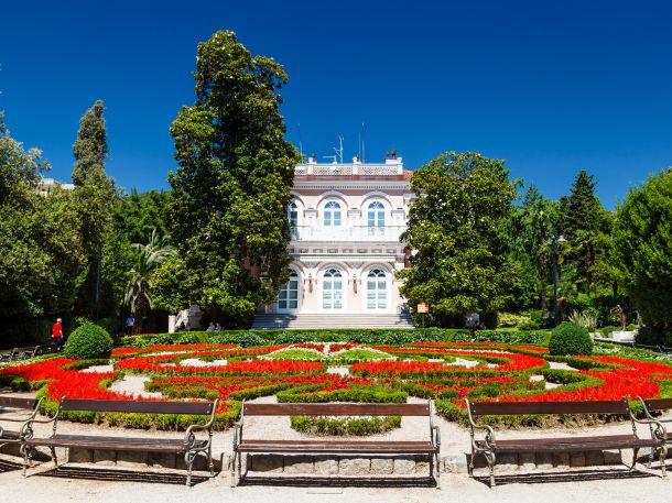 Villa Angiolina mit Garten, Opatija, Kroatien