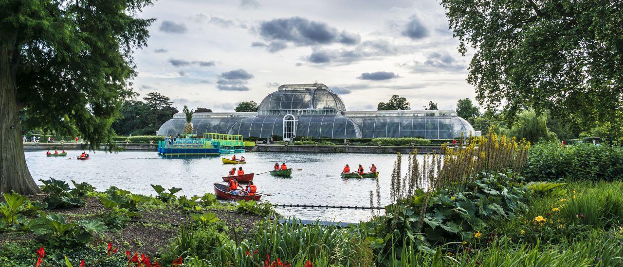Palmenhaus,  Kew Gardens, England