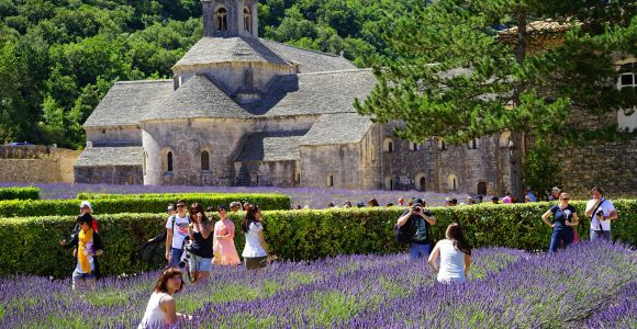 Abbaye de Senanque, Photo by Hans Braxmeier on pixabay.com